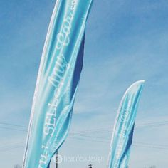 Check out theses feather flags we designed & printed for WillSellAnyCar.Com for their first show last month - Go big or go home! If you've got an outdoor show coming up - Get in touch for more printing options. ... #printing #printingservice #largeformatprinting #exhibitiondesign #outdoorprinting #largeformat #featherflags #flagbanner #designforprint #printdesign #instagraphicdesign #graphicdesigner #lifeofagraphicdesigner#lifeofadesigner #graphicdesigns #graphicdesigning…