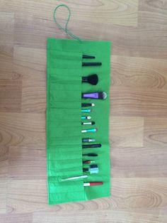 Keçe makyaj çantası :)