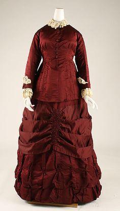 Dress Date: 1879–80 Culture: British Medium: wool, silk Accession Number: C.I.37.46.35a, b
