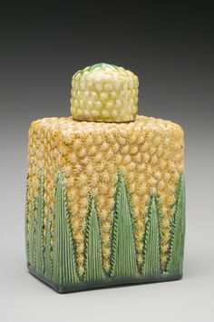 """Pineapple"" Tea Canister, 1760-1770, Staffordshire, England, earthenware, lead glaze"