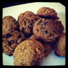 Pumpkin Chocolate Chip Cookies #GlutenFree #Paleo   More #Gfree Thanksgiving Recipes!