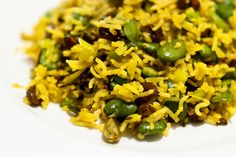 Pilav with broad beans, pistachio and saffron by stijn, via Flickr