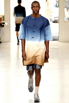 Issey Miyake Spring 2014 Menswear Collection Slideshow on Style.com