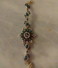 Βραχιόλι Beaded Jewelry, Jewellery, Facebook Sign Up, Jewels, Pearl Jewelry, Schmuck, Jewelry Shop, Bead Jewelry, Jewlery