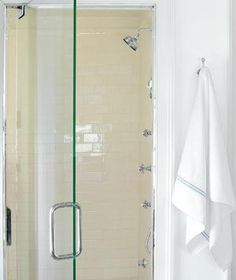 Cleaning Glass Shower Door With White Towel ~ Http://lanewstalk.com/