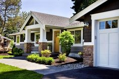 Ranch style homes exterior remodel curb appeal stones Ideas for 2019 Craftsman Ranch, Craftsman Exterior, Craftsman Style, Craftsman Houses, Craftsman Remodel, Craftsman Garage Door, Craftsman Trim, Bungalow Exterior, Modern Craftsman