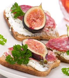 Not much of a fig fan... however, had this a while back and the lady wouldnt share the recipe.... well.... hello, internet.... Salami and Fresh Fig Cold Appetizer Recipe