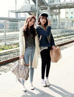 korean fashion casual street skinny jeans ripped pale blue denim white cardigan jumper