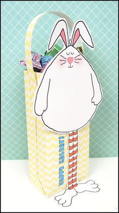 Printable Easter baskets! Perfect party favors or goody bag from Grandma.