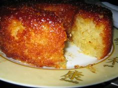 Receita de Bolo de Macaxeira Especial - Tudogostoso Sweet Recipes, Cake Recipes, Dessert Recipes, Portuguese Desserts, Dessert Drinks, Summer Desserts, Creative Food, Cupcake Cakes, Food And Drink