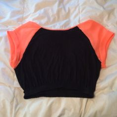 49d2327da Crop top Black/coral crop top from I got this recently and wore this one  time but it didn't fit right. Scoop neckline with a crinkled bottom.