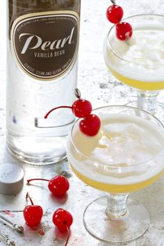 This Pineapple Upside Down Cake Cocktail is sure to please! So perfect for summer!