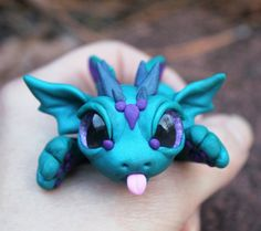 by BittyBiteyOnes : silly faces! by BittyBiteyOnes Polymer Clay Dragon, Polymer Clay Kawaii, Polymer Clay Figures, Polymer Clay Sculptures, Polymer Clay Animals, Polymer Clay Projects, Polymer Clay Charms, Polymer Clay Creations, Sculpture Clay