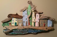 Pin by barbara ravnik on hisice Driftwood Chandelier, Painted Driftwood, Driftwood Wall Art, Driftwood Projects, Hobbies And Crafts, Diy And Crafts, Bamboo Art, Bird Houses Painted, Garage Art