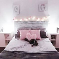 If you want to transform your bathroom into a place of total serenity drawing inspiration from the Zen, or on the contrary. Diy Home Decor, Room Decor, Rustic Bathrooms, Dani, Bedroom Vintage, Bedroom Inspo, Girls Bedroom, Toddler Bed, Interior Decorating