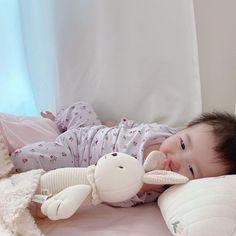 Cute Asian Babies, Korean Babies, Asian Kids, Cute Babies, Cute Little Baby, Little Babies, Baby Kids, Baby Boy, Ulzzang Kids