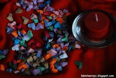 Śliczne mini - serduszka origami ;)    #serce #serduszko #serceorigami #origami #heart #origamiheart #Walentynki #ValentinesDay #sposobwykonania #DIY #jakzrobic #instrukcja #howto #handmade #papercraft #instruction #lubietworzyc #miniserduszko