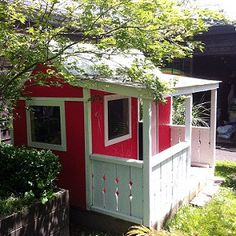 wendy house.  Free building plans.