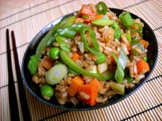 Vegetable (not) Fried Rice ~ via  BudgetBytes.com