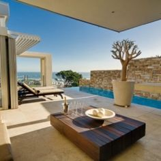 Tranquil Skies is a beautiful vacation villa set high in the mountains of Cape Town, South Africa.
