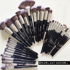 The new #ELITE collection by Morphe Brushes these are quite possibly the softest brushes ever! #artistsdream
