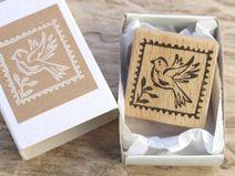 Stempel mit Schachtel • Vogel-Briefmarke