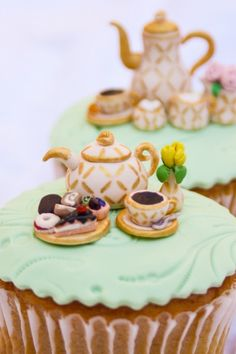 Tiny teaset cupcake topper tutorial