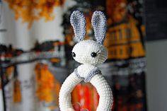 Bunny Baby Rattle Virkattu helistin