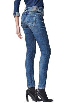 Materialzusammensetzung , Obermaterial: 98% Baumwolle, 2% Elasthan, |Material , Baumwollmischung, |Materialart , Denim/Jeans, |Stil , casual, |Leibhöhe , niedrig, |Beinform , Röhre, |Passform , schmal, |Herstellerfarbbezeichnung , medium aged, comfort malk denim, |Auslieferung , liegend, | ...