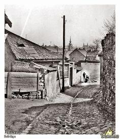TABÁN ANNO FOTÓTÁR: HOLDVILÁG UTCA History Photos, Budapest Hungary, Beautiful Buildings, Tao, Black And White, City, Artwork, Landscapes, Archive