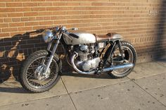 CB350 Cafe Racer http://vintageocd.files.wordpress.com/2012/05/cafe-racer.jpg