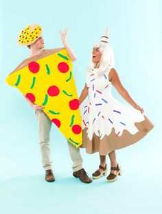 Save this DIY project for Halloween couples costumes that features our two favorite food groups, pizza + ice cream. Make Yourself Halloween Costumes, Couple Halloween Costumes, Halloween Couples, Family Halloween, Easy Halloween, Halloween Treats, Halloween Decorations, Diy Couples Costumes, Diy Costumes
