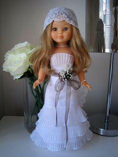 Baby Barbie, Barbie Dress, Doll Dress Patterns, Vintage Dress Patterns, Wellie Wishers, Beautiful Dolls, Doll Clothes, Flower Girl Dresses, Wedding Dresses