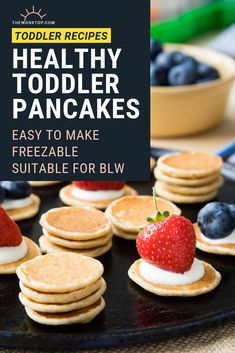 Toddler Pancakes that are healthy! This is an easy recipe that is freezable and suitable for baby led weaning. Vegetarian Breakfast, Breakfast For Kids, Healthy Breakfast Recipes, Brunch Recipes, Baby Food Recipes, Toddler Recipes, Brunch Ideas, Breakfast Ideas, Healthy Toddler Meals