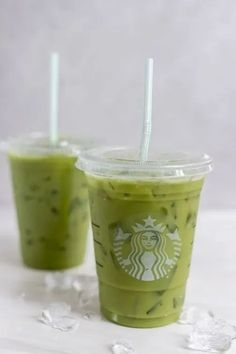 12 Best Starbucks Iced Drinks To Refresh Yourself Matcha Drink, Matcha Green Tea Latte, Iced Latte, Starbucks Drinks, Coffee Drinks, Coconut Milk, Pineapple, Inspired, Smoothies