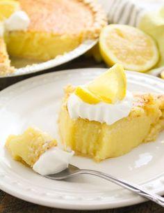 Blender-Lemon-Pie-5 Lemon Pie Recipe, Lemon Recipes, Pie Recipes, Sweet Recipes, Dessert Recipes, Cooking Recipes, Cooking Cake, Juicer Recipes, Smoothie Recipes