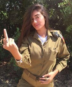 IDF - Israel Defense Forces - Women Idf Women, Crazy Women, Military Women, Female Soldier, Girls Uniforms, Gal Gadot, Best Face Products, Beautiful Women, Sexy