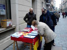 Recogida firmas campaña 2014 Referendum Monarquía o República