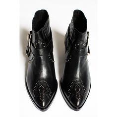 32deeeda596b Boots Baltimore Morobe Shoes