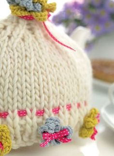 Hand knitted tea cosy pattern free free knitting patterns billy free knitting patterns homewares patterns dt1010fo