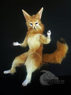 If you recall the movie Nausicaa of the Valley of the Wind, you should recall her little side kick fox squirrel Teto. I decided to make my own version of a realistic fox squirrel. This is my very f...