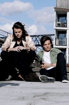 | Harry Styles & Louis Tomlinson |