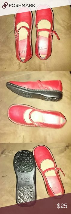 Bass red kids shoes Leather.. Made in Brazil. Never worn. Bass Shoes Dress Shoes