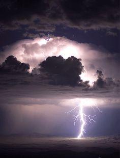 blue jet lightning. albuquerque, new mexico. 2007. photo by herald edens.