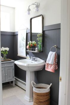 How to decorate your bathroom using beadboard! These beadboard bathroom ideas will transform your next bathroom renovation. See our inspiration including modern bathrooms, traditional bathrooms, coastal bathrooms and more. Traditional Bathroom, Bathroom Interior, Dining Room Wainscoting, Bathroom Makeover, Rooms For Rent, Next Bathroom, Bathroom Interior Design, Beadboard Bathroom, Bathroom Design
