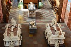 Roskilde Domkirke Chancel: Royal Burial Site of  Queen Margrete 1, Kings Christian 5 and Frederick 4 with their Queens