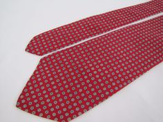 Brooks Brothers Makers Tie 100% Silk Classic Red White Florets Geometric  #BrooksBrothers #Tie
