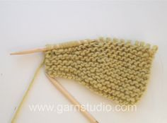 DROPS Knitting Tutorial: How to knit short rows in garter st - basic