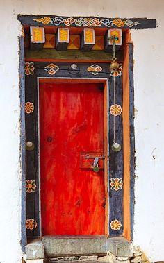 - Home Decor Cool Doors, Unique Doors, Portal, Entrance Gates, Entry Doors, Front Doors, Arched Windows, Windows And Doors, Behind The Green Door