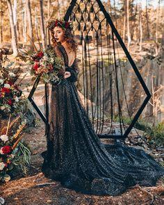 Black Wedding Gowns, Gothic Wedding, Dream Wedding Dresses, Snowy Wedding, Wedding Pics, Wedding Styles, Wedding Ideas, Wedding Bride, Wedding Stuff